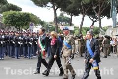 Il sindaco Marini, il prefetto Scolamiero, Il presidente della Provincia Marcello Meroi e il generale Enzo Stefanini, comandante Aves Viterbo