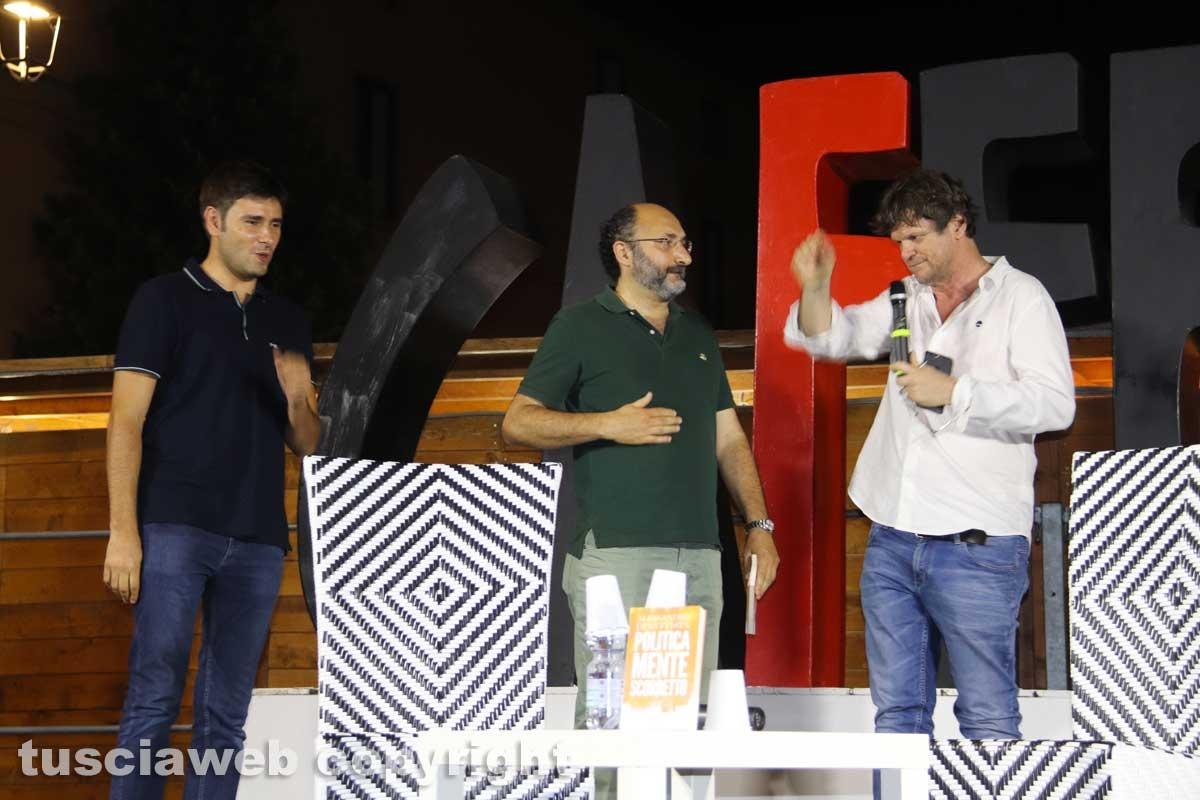 Alessandro Di Battista , Marco Lillo e Filippo Rossi a Caffeina