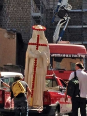 Santa Rosa -  Il montaggio della  macchina  - Foto Giancarlo Tancredi