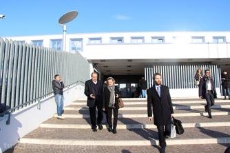 Antonio Di Pietro in tribunale a Viterbo con il suo avvocato Maria Raffaella Talotta