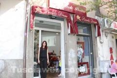 """Apre \""""Piccole donne\"""" a piazza della Rocca"""