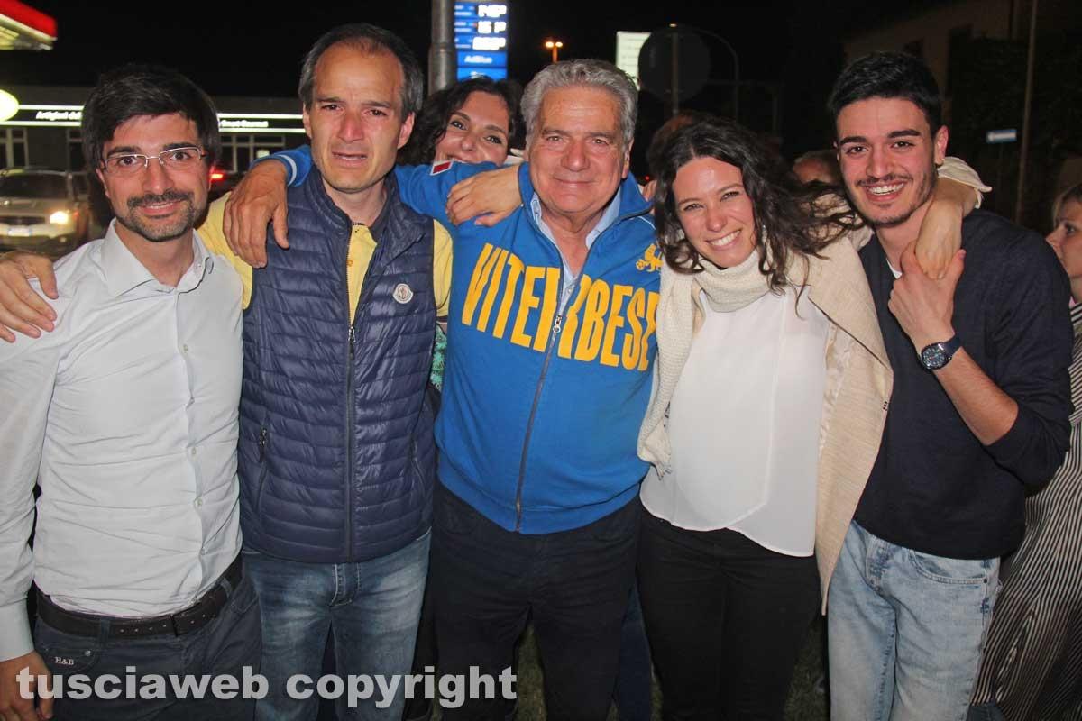 Arena sindaco, la festa in piazza