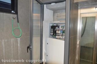 Stazione di Tarquinia - Porta del pannello elettrico aperta