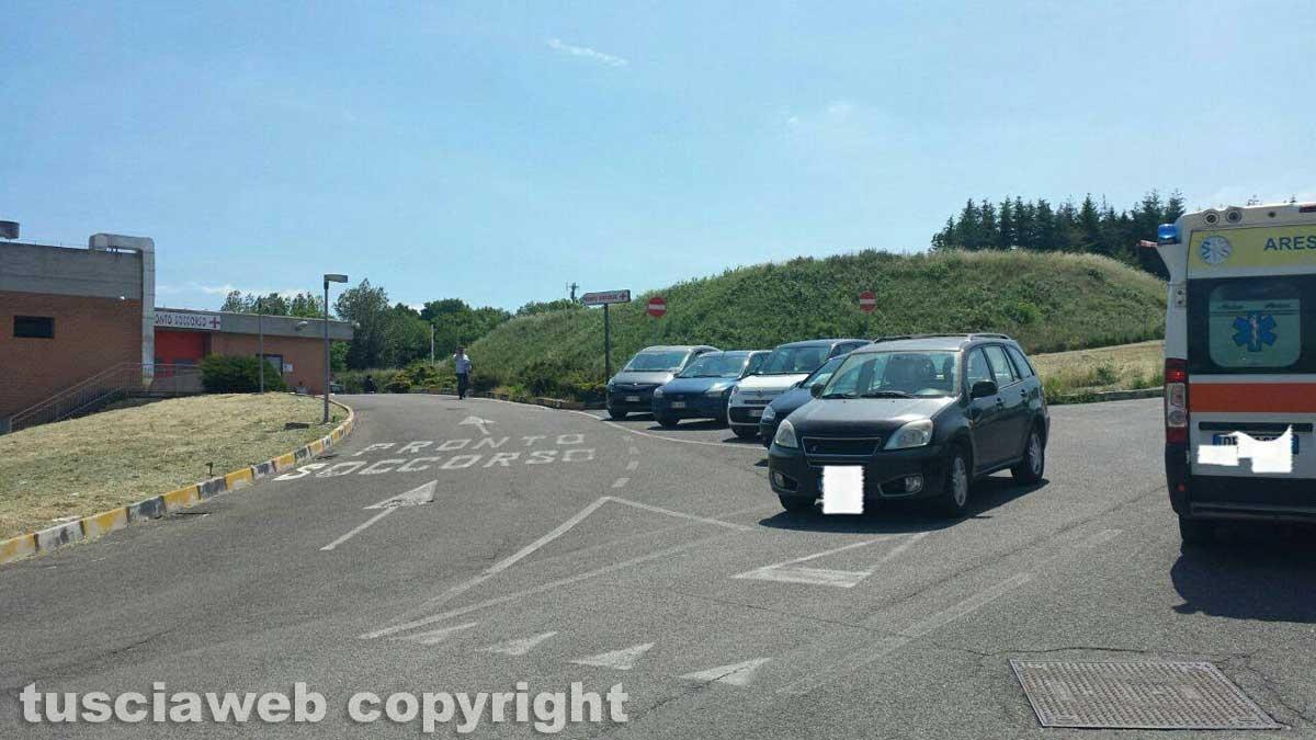 Parcheggio selvaggio a Belcolle