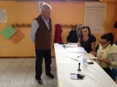 Leonardo Michelini al seggio