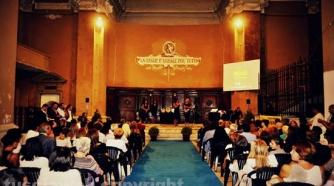 Il tribunale vecchio durante una manifestazione