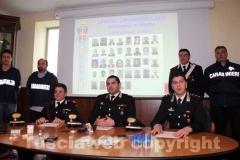 Da sinistra: il comandante dei carabinieri di Soriano nel Cimino Paolo Lonero, il capitano dei carabinieri di Viterbo Raffaele Gesmundo e il capitano del Nucleo investigativo Giovanni Martufi durante la conferenza stampa di presentazione dell\'operazione