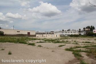 Campo profughi alla ex fiera, iniziato lo smantellamento