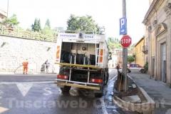 La protezione civile pulisce le strade di Canepina