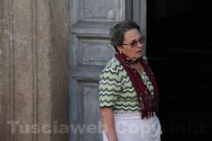 La signora Maria Zanasi pronta per pulire la chiesa