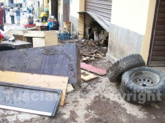 Fango e detriti nei garage di Canepina