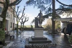 Canino - Monumento a Luciano Bonaparte