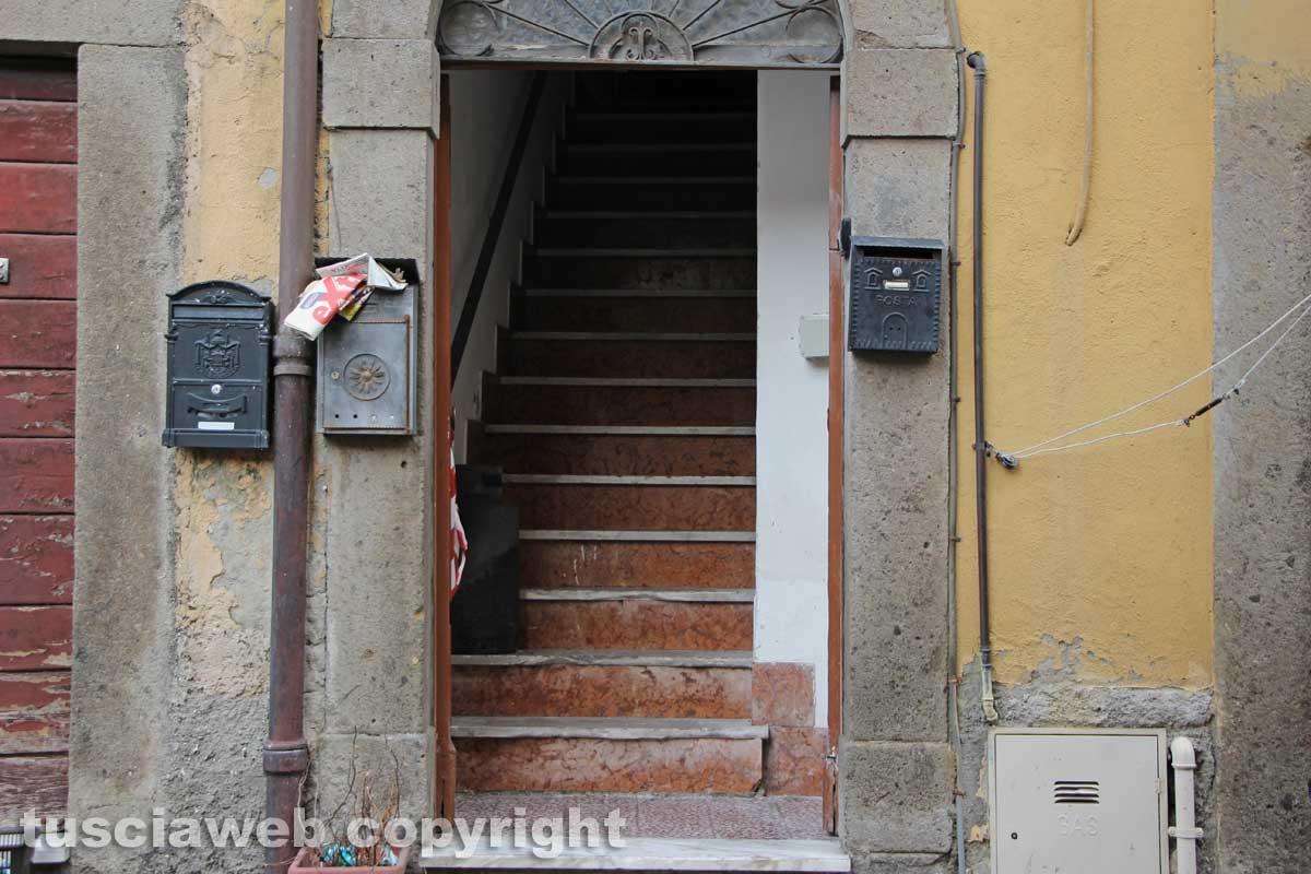 Viterbo - Casa in fiamme in via Lucchi