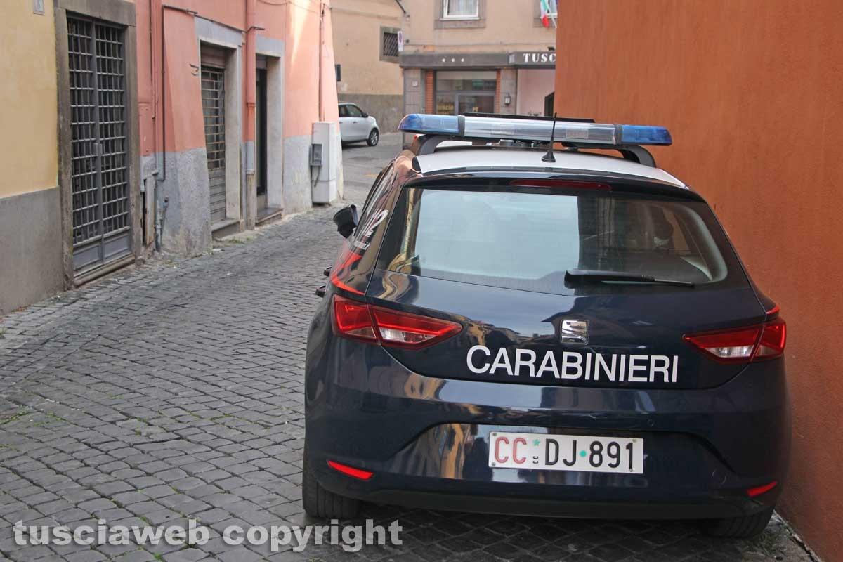 Viterbo - Casa in fiamme in via Lucchi - I carabinieri