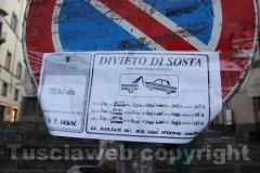 Il divieto a piazza Fontana grande