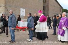 Posa della prima pietra della chiesa di Villanova - Il vescovo al corteo