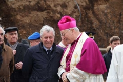 Posa della prima pietra della chiesa di Villanova - Il vescovo Lino Fumagalli con il sindaco di Viterbo Leonardo Michelini