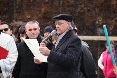 Posa della prima pietra della chiesa di Villanova - Il cancelliere vescovile legge la bolla di pergamena