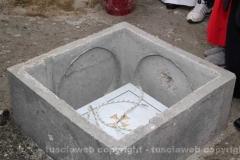 Posa della prima pietra della chiesa di Villanova - La deposizione della pietra