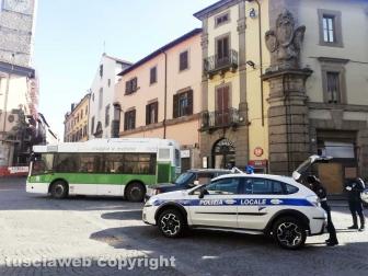Viterbo - Coronavirus - Il posto di blocco della Polizia locale