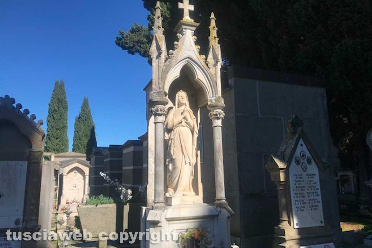 Viterbo - Degrado al cimitero di San Lazzaro