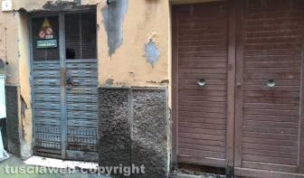 Viterbo - Il degrado in via della Casaccia
