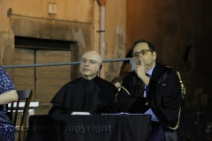 Il processo a don Abbondio in piazza del Fosso - Don Abbondio/Ferdinando Abbate e l\'avvocato Cataldo Intrieri