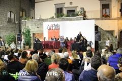 Il processo a don Abbondio in piazza del Fosso