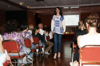 Donne in opera - La sfilata di moda