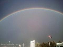 Doppio arcobaleno su Viterbo - Foto di Maurizio Cencioni dal Poggino
