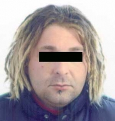Uno degli arrestati -  T.U.