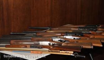 Bassano Romano - Sequestrata piantagione di droga e deposito di armi - I fucili