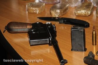 Bassano Romano - Sequestrata piantagione di droga e deposito di armi - La pistola Luger della seconda guerra mondiale