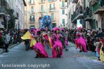 Ronciglione - Carnevale 2018 - Sfilano carri e maschere