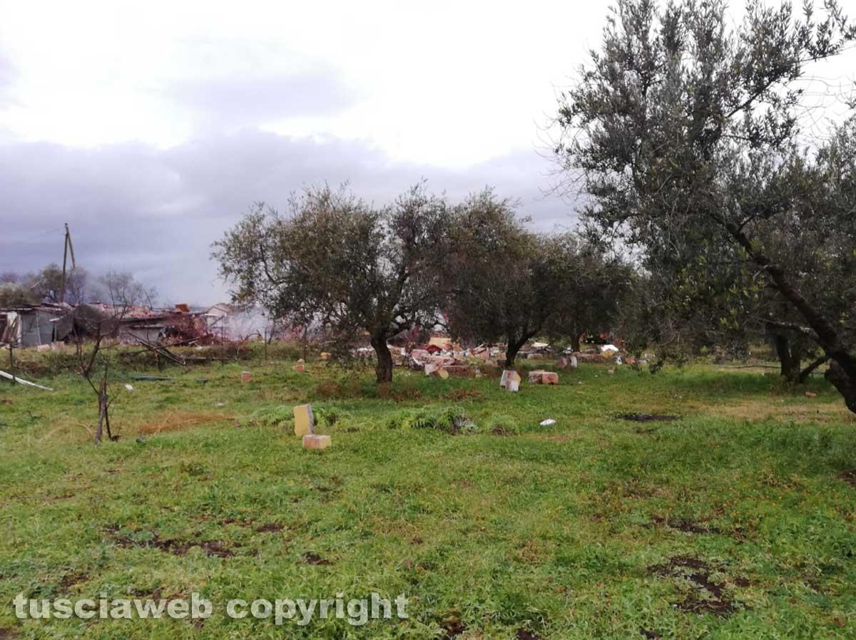 Vitorchiano - Esplode una villetta
