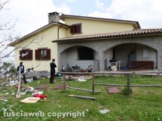 Vitorchiano - Esplosione in una villetta