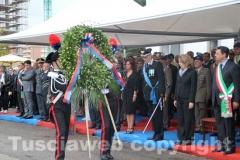 La corona in memoria dei caduti