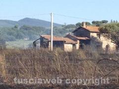 Viterbo - Fiamme sulla Cassia