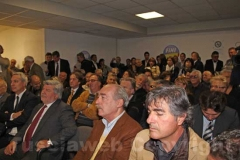 Il pubblico nella sede di Fli