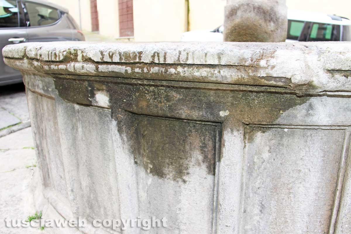 Viterbo - La fontana della Crocetta
