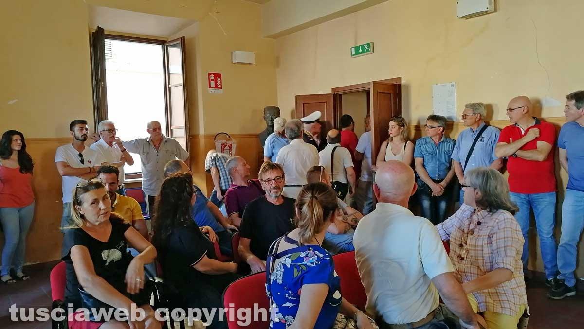 Civita Castellana - Consiglio comunale - Allontanato uno spettatore