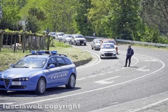Cassia - Strada Ponte Sodo - Frontale tra due auto