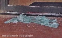 Sutri - Furto con sfondamento di vetrina