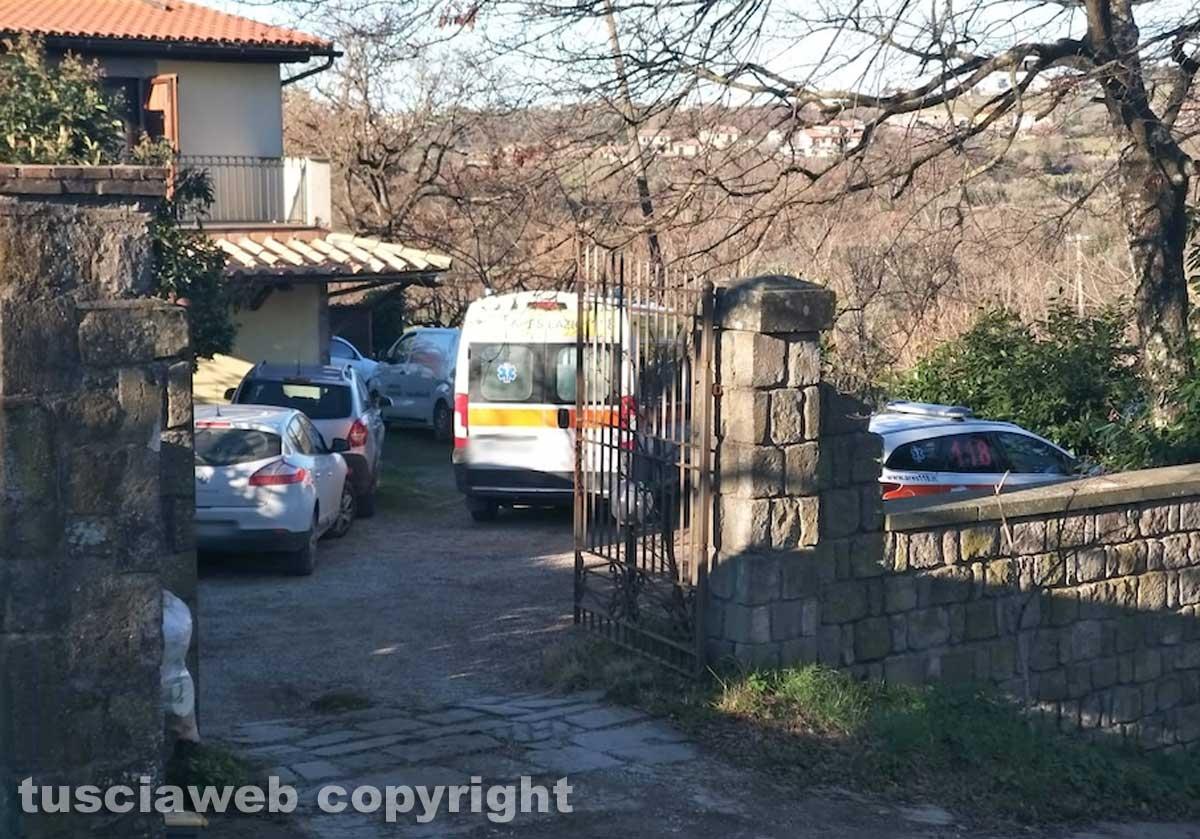 Ragazza trovata morta a Montefiascone - Il 118 sul posto