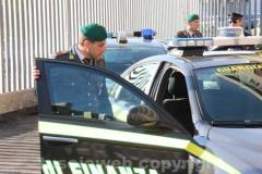 L\'uscita degli arrestati dell\'operazione Ghost truck