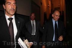 Il premier Letta lascia Palazzo dei Priori