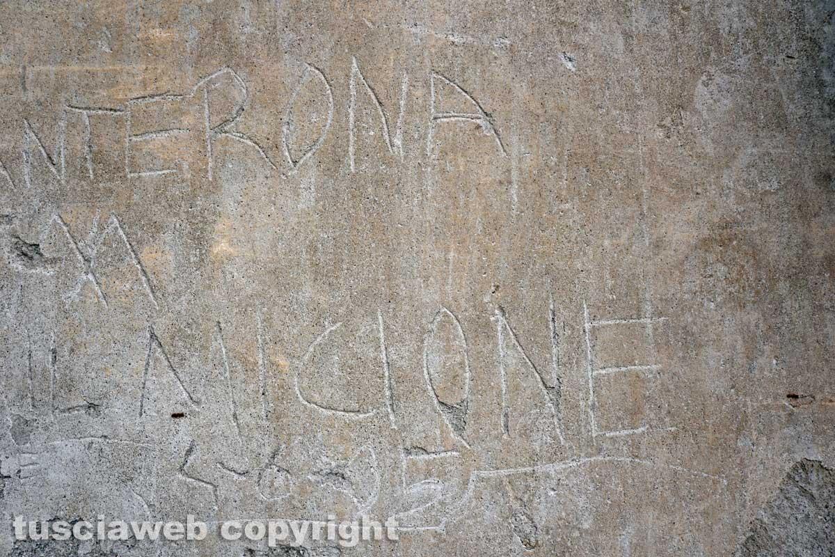 Graffiti e scritte sui muri