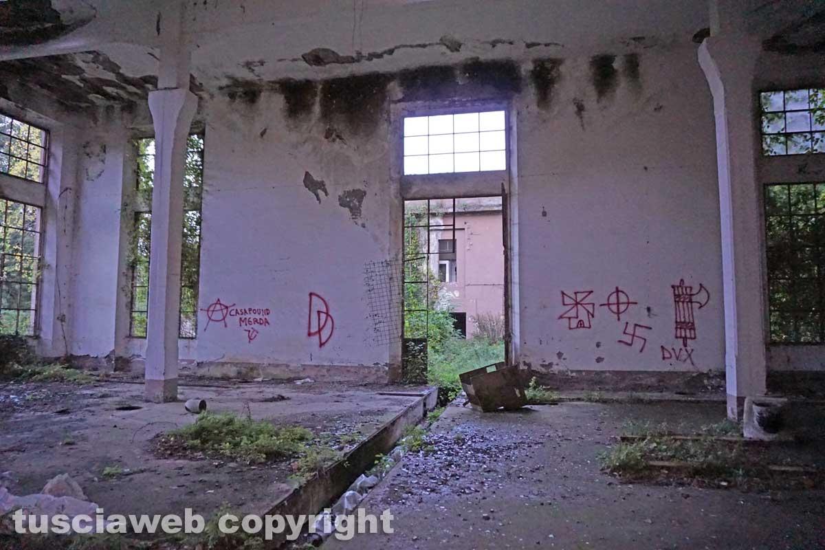 I graffiti all'interno della Chemical city