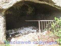 Grotte etrusche trasformate in case