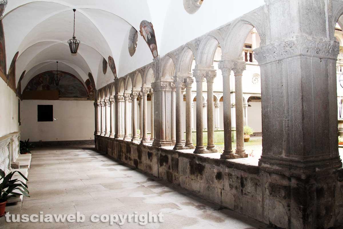 I chiostri e il santuario della Madonna della Quercia